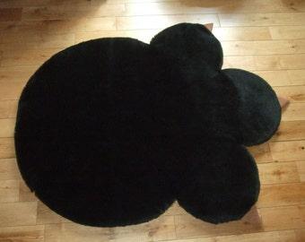 Giant Paw print rug