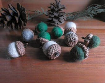 St. Patrick's Day Felted Wool Acorns, Set of 10 Green, Gray, White Natural Woodland Decor, Felt Ball Bowl Fillers, Waldorf Inspired