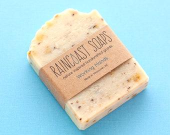 Eco friendly Exfoliating Soap for working hands / Gift for painter / gift for gardener / gift for mechanic / gift for artist / gift for mom