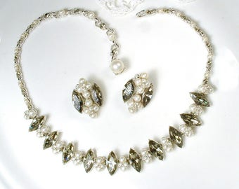 PRISTINE BoGoFF Gray Rhinestone Ivory Pearl Necklace,Vintage Bridal Silver Statement Necklace, 1940s 1950's Wedding Choker Bib Smokey Quartz