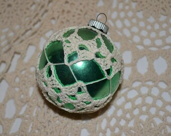 Lovely  Hand Crocheted Covered Glass Vintage Shinny Brite Green Ornament