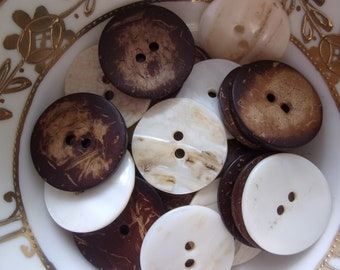 Large one inch coconut and shell vintage buttons set