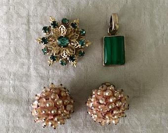 Bundle of Vintage Jewelry