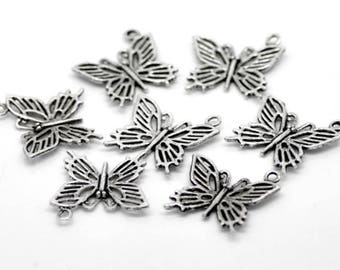 (X 4) antique silver metal openwork Butterfly charm