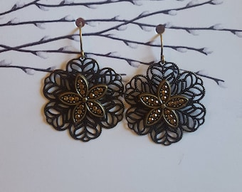 Sparkle Flower Drop Earrings