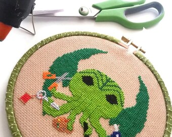 Arts and Craftsthulhu  7 inch 17cm Cross Stitch - Ready to Hang original design- Cthulhu HP Lovecraft Maker Fan Art OOAK-crafty-handmade