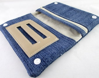 Tobacco pouch in blue recycled denim