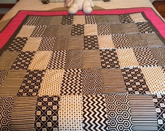 Black & White with Pink Quilt