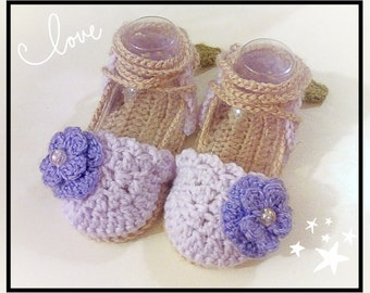 Lace-Up baby SANDALS. Hand Made Crochet.