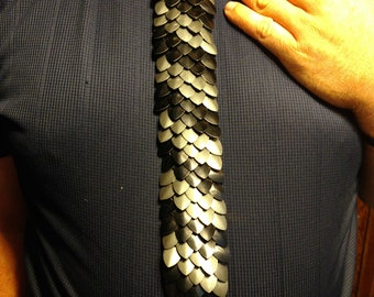 Metal Scale Mail Tie