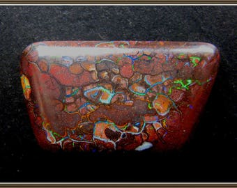 Koroit Boulder Opal cabochon, 25.5x15.5x5.5 mm, 25.15 ct.
