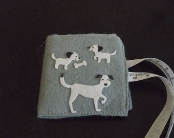 Puppy needle case, dog needle case,