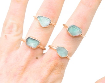 Raw GREEN FLUORITE ring // Crystal ring / Fluorite Ring / Fluorite stone ring / Sea Green Fluorite Ring / healing crystal/ Fluorite