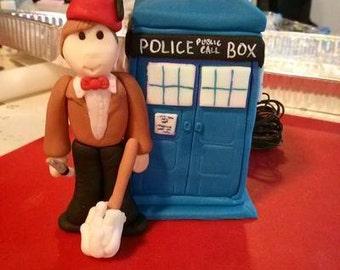 Fondant Dr.Who & TARDIS Cake Topper Set