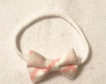 Pink chevron mini bow