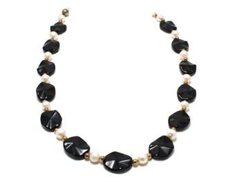Gold Onyx Necklace/ Black Gold Necklace/ Onyx Pearl Necklace/ White Pearl and Onyx/ Pearl Onyx Necklace