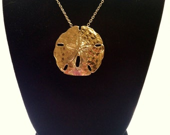 Vintage  GiANT SAND DOLLAR Gold-tone Necklace // Free US SHipping