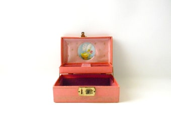 Antique Pink Childrens Jewelry Box