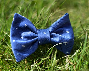 Diamond Silk Dog Bow Tie
