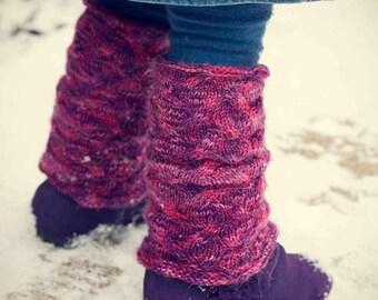 Isabella (child's leg warmer knitting pattern)