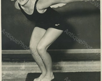 Bunny Fergus woman champion swimmer in bathing suit antique sport photo
