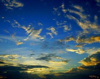 Sky Photography...wgilroy...Daybreak...Sunrise...Early Morning Sky...Sky...Clouds...Morning...Skyscape...Sky Drama...