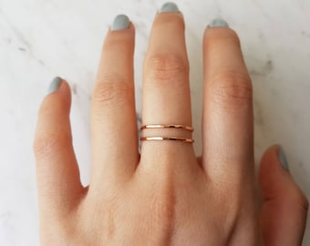 Rose gold ring, set of 2//thin 14k rose gold filled ring, hammered rose gold ring, rose gold stacking ring, band ring, dainty, delicate ring