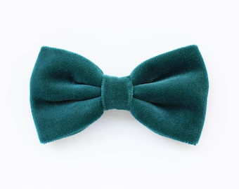 Velvet bow tie, teal emerald,turquoise, elegant man,gift for man,elegant bow tie for the holidays,christmas gifts, gift idea winter 2017