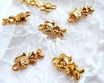 Charm Pendant Girl 7x14mm Gold-2 pcs