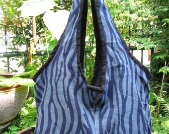 Yaam Thai Cotton Short Shoulder Bag, Hand Bag Handmade with Zipper, Gray tone with Zebra pattern