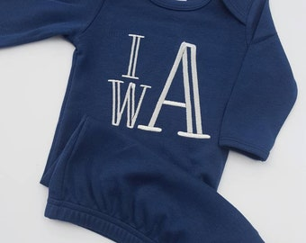 Navy Blue Personalized Baby Gown- Monogrammed Baby Gown, Gown with Name, Embroidered Baby Outfit, Baby Shower Gift, Baby Boy, Navy Blue Gown