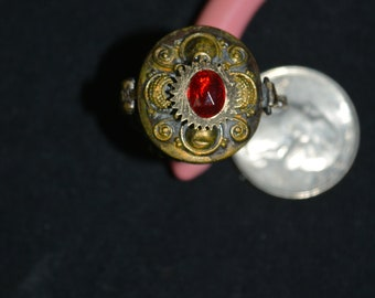 repurposed locket ring approx size 6.5 womens Steampunk gears tiny watch face pendant red rhinestone