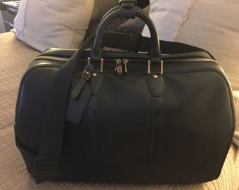 LOUIS VUITTON Shoulder Bag Kendall PM Taiga Leather Like New