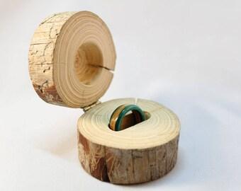 Caja de madera para anillo