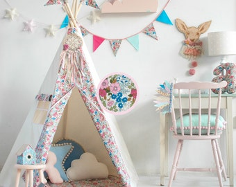 "Set tipi tent and floor-Set Teepee and quilted mat-Set teepee with mat-Set steppdecke und tipi-    ""forget-me-not"""