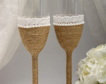 Country weddings Wedding flutes Country themed weddings ideas Country rustic wedding Boho weddings Rustic wedding toasting glasses Rustic