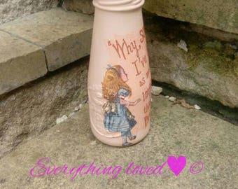 Alice bottle