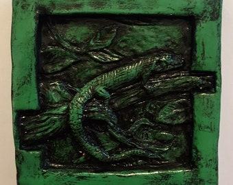 Alligator Lizard Tile, Moss Green