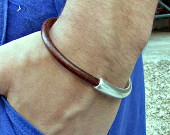Mens Leather Bracelet Mens Brown Black Leather bracelet Cuff Silver Plating Magnetic Clasp Customized On Your Wrist H 1