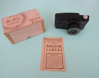 Vintage Clix DeLuxe Camera with Box & Paperwork Free Shipping