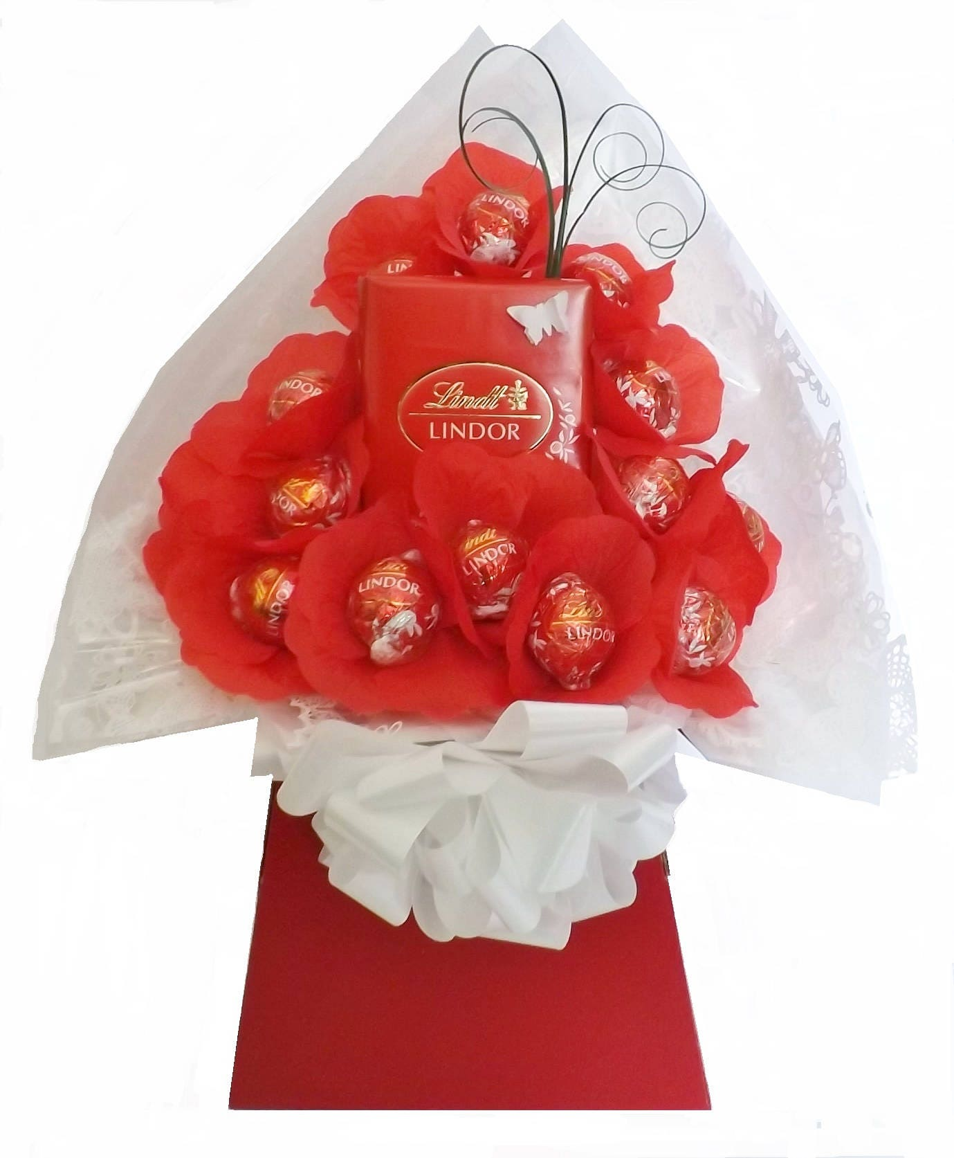 Lindt Lindor Chocolate / Flower Bouquet Mothers Day