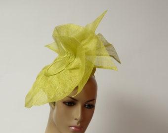 Green Sinamay Fascinator,Kate Middleton Style, Kentucky Derby Fascinator, English Royal , Wedding, Church, Formal, Dressy,