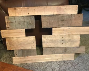 Pallet Wood Cross Cutout