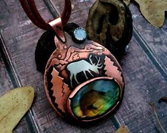 Deer pendant, deer labradorite necklace, labradorite pendant, labradorite necklace, deer totem, fantasy necklace deer, charming deer, animal