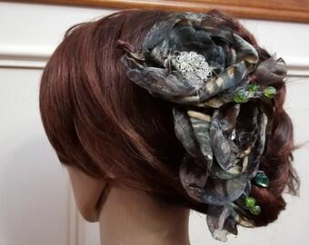 Mossy Oak Camo Wedding Hair piece, Camouflage Wedding Head piece.  Mossy Oak Camo Hair Flowers, Camouflage Wedding, Rustic Wedding