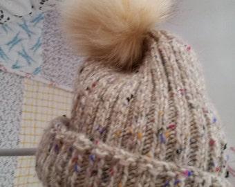 Woollen beanie hat - cream in colour