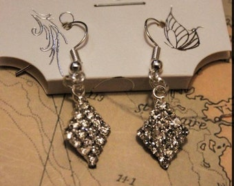 diamond gem hook earrings, shine, glisten, elegant
