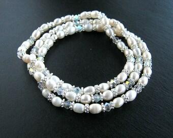 Crystal and White Freshwater Pearl Stretch Bracelet Set White Pearl Bridesmaid Bracelets Pearl Wedding Bracelets