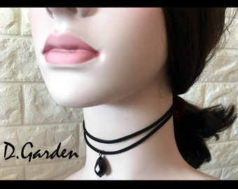 Victorian Elegant Black Lace Choker Necklace with Imitation Black Jewel