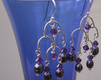 Princess chandelier earrings vintage style with plum pearls and crystals
